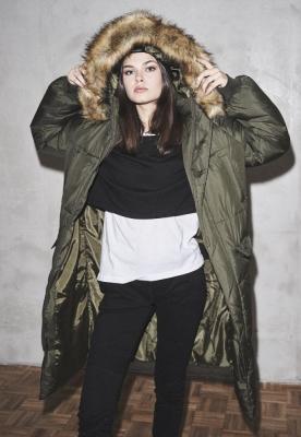 Geaca Oversize Faux Fur Puffer dama Urban Classics